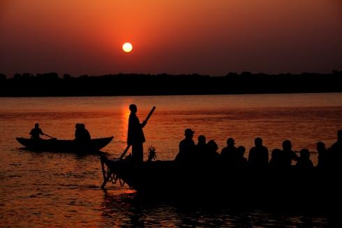 Sunrise on the Ganges, Varanasi. Credit: orvalrocheforte.